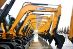 300 super large-tonnage excavators produced by XCMG are exported to countries covered in Belt and Road Initiative (PRNewsFoto/XCMG)