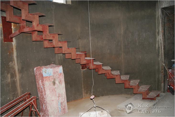 Лестница из профильной своими руками