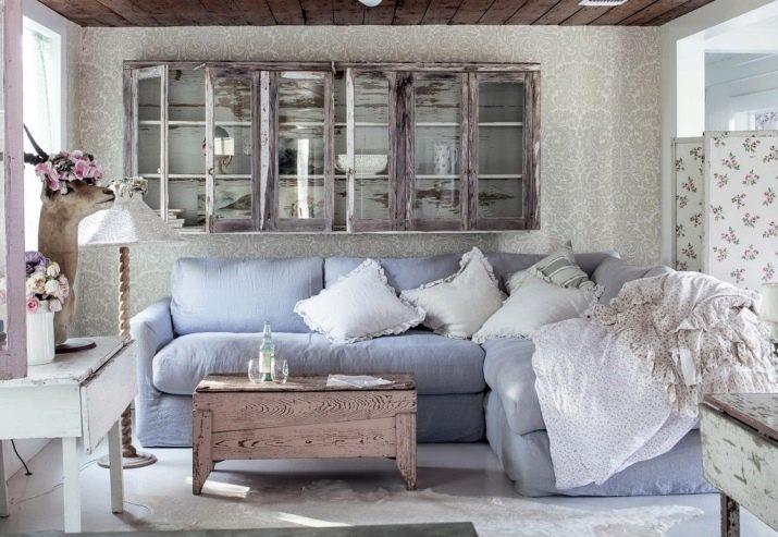 Вітальня в стилі прованс (104 фото): оформлення інтер'єру маленького і великого залу в сучасному прованському стилі, дизайн люстр та інші нюанси