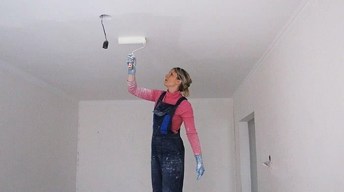 Как побелить потолок по старой побелке?